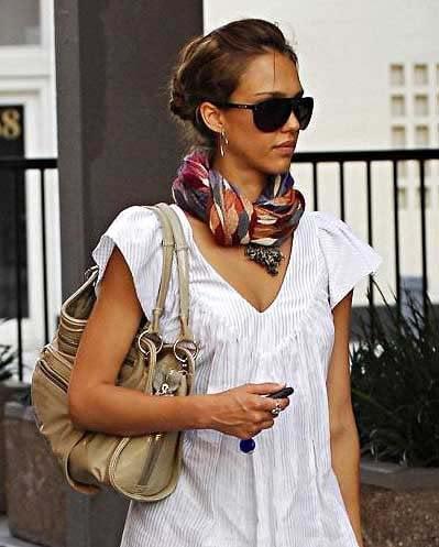 jessica alba tolani scarf