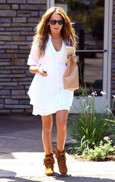 ashley tisdale white dress