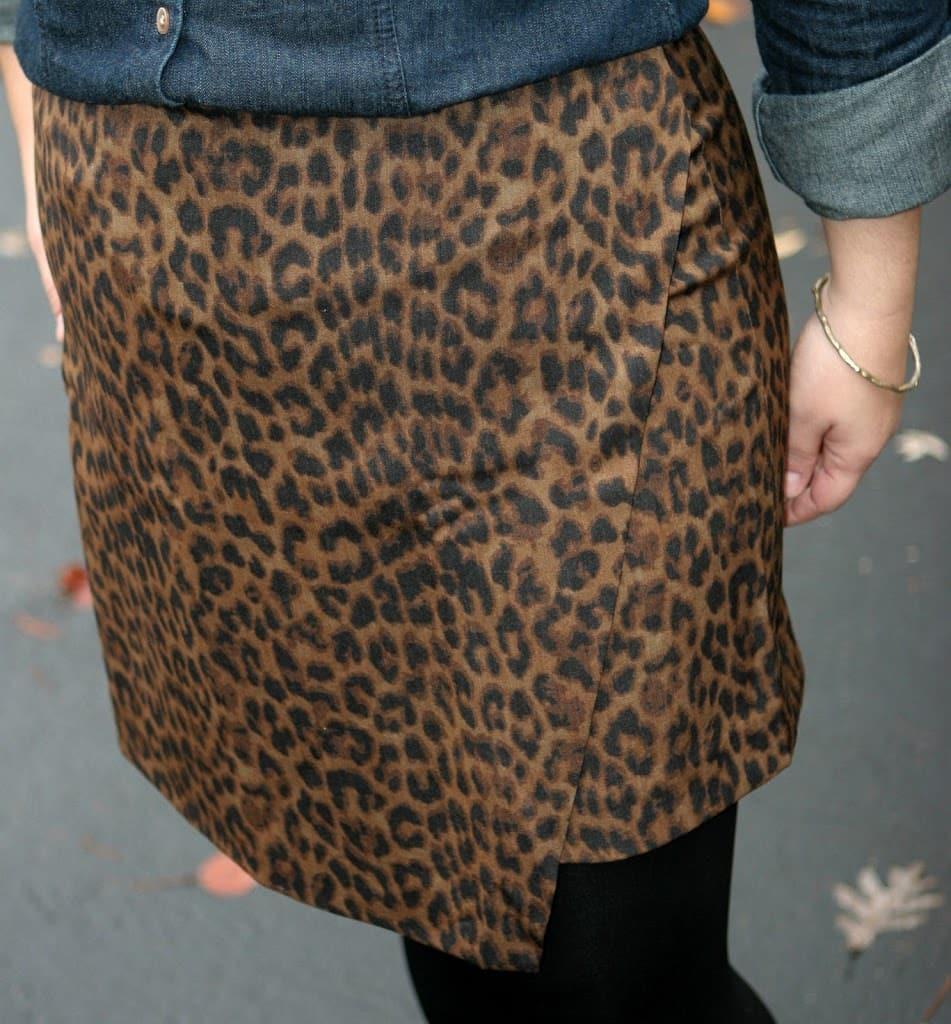 ann taylor leopard skirt1