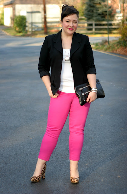 hot pink cropped jeans