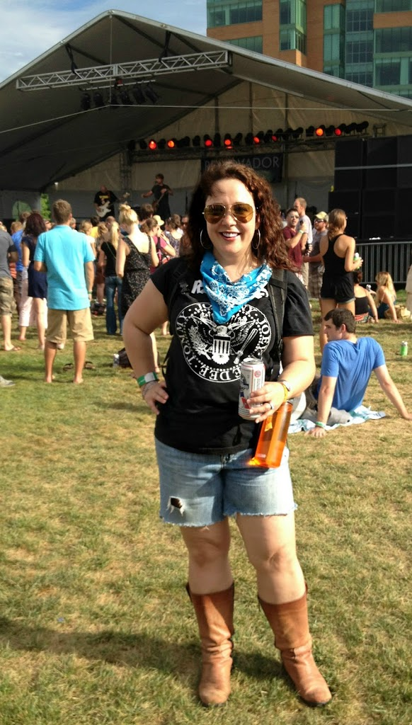 Forecastle OOTD Saturday 3 outside 2