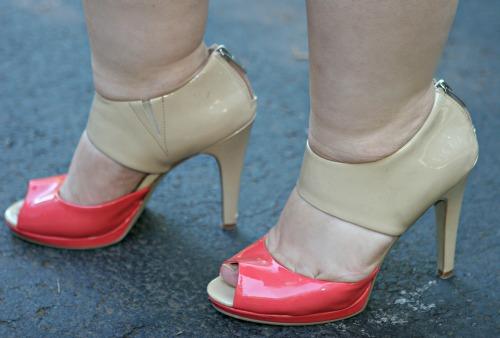 nude patent sandals nine west