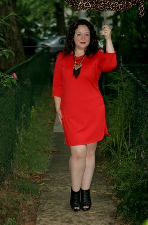 red sheath dress sleeves