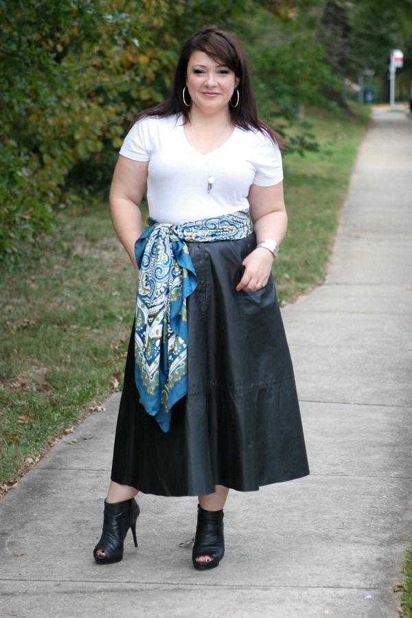 curvy fashion blogger6