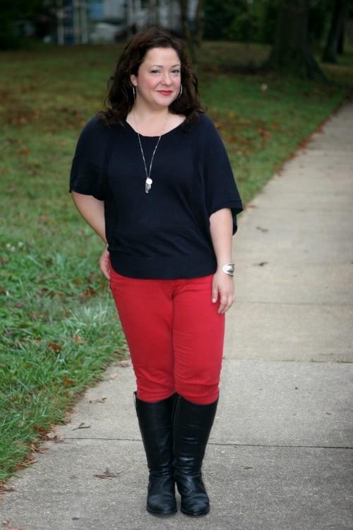 petite curvy fashion blogger