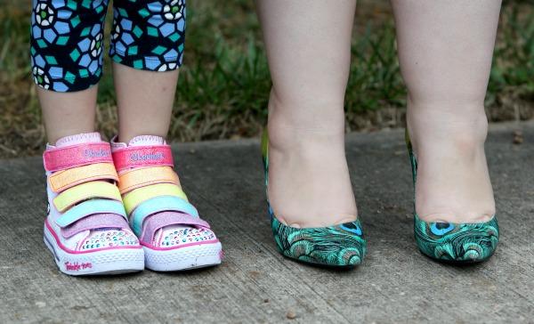 sketchers twinkle toes hi top rainbow
