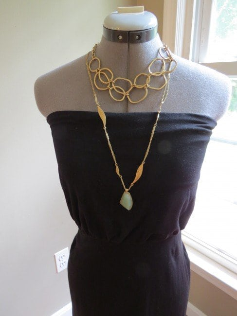 what necklace strapless - Which necklace with which neckline featured on popular Washington DC style blog, Wardrobe Oxygen