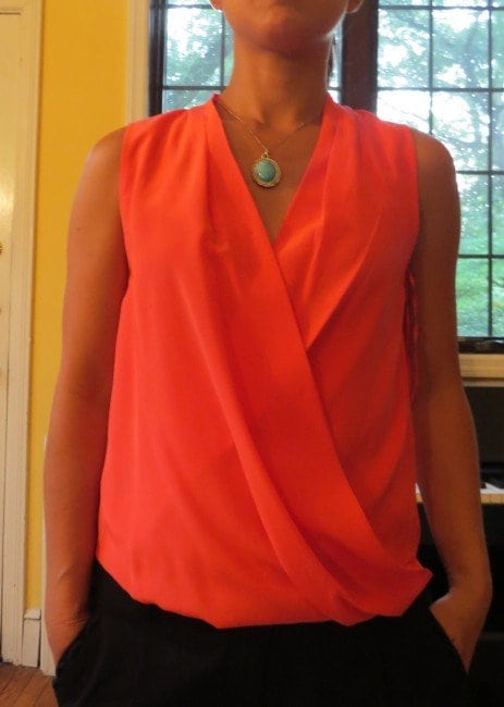 what necklace v-neck top - Which necklace with which neckline featured on popular Washington DC style blog, Wardrobe Oxygen