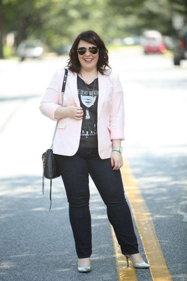 Alison Gary of Wardrobe Oxygen 40 year old working mom fashion blog