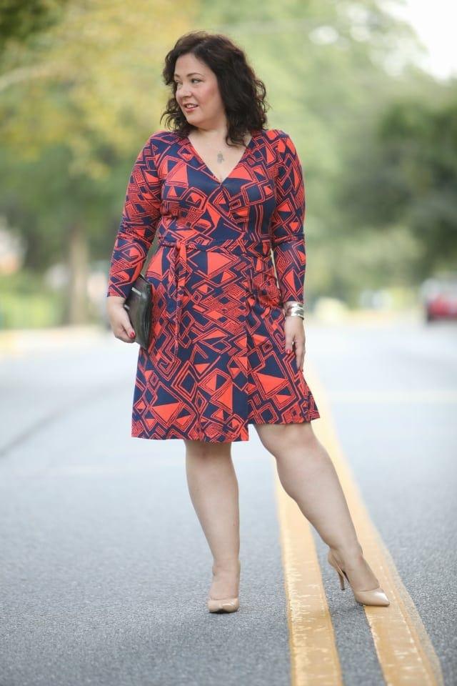 OVer 40 fashion blogger size 14 work fashion