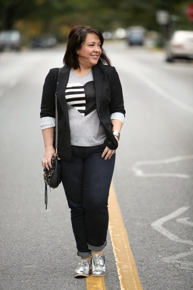 wardrobe oxygen wearing gap real straight jeans with a j. crew tee and vince camuto blazer