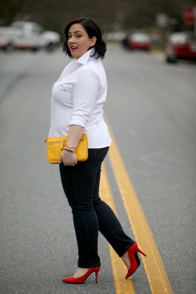 Wardrobe Oxygen wearing a Lands End shirt, Gap Jeans, Nine West orange suede pumps and a Talbots clutch