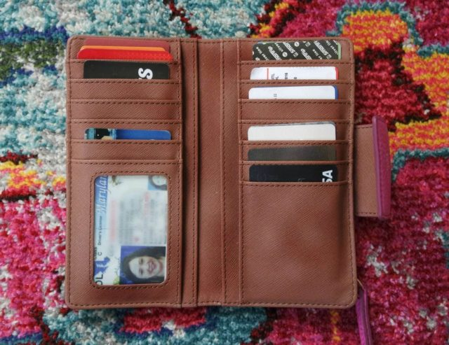 Fossil Sydney Wallet review