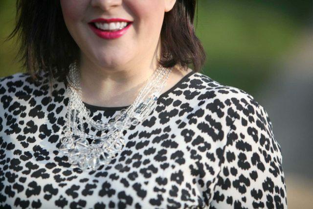 wardrobe oxygen over 40 fashion blogger featuring baublebar