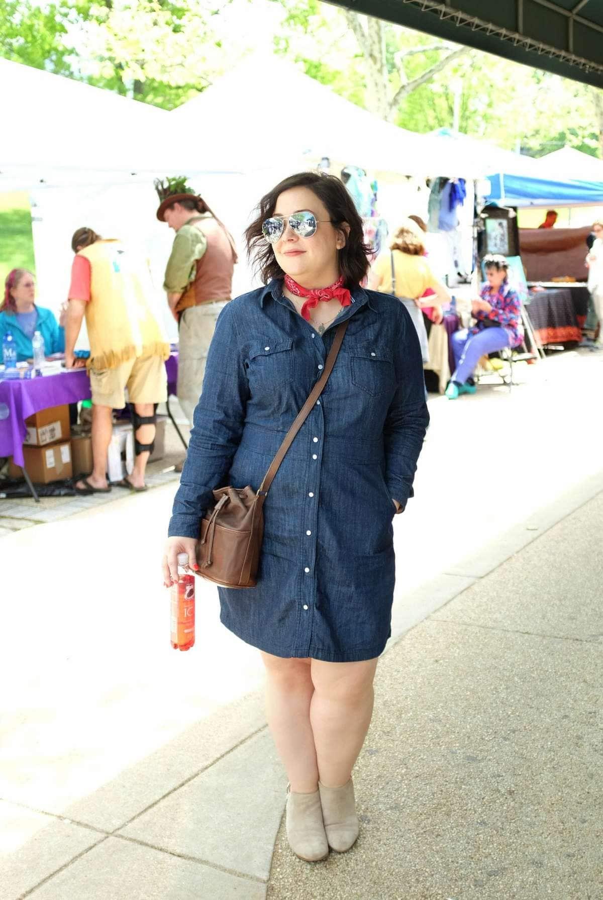 Wardrobe Oxygen in a Boden denim dress, vintage Coach bag and Clarks booties