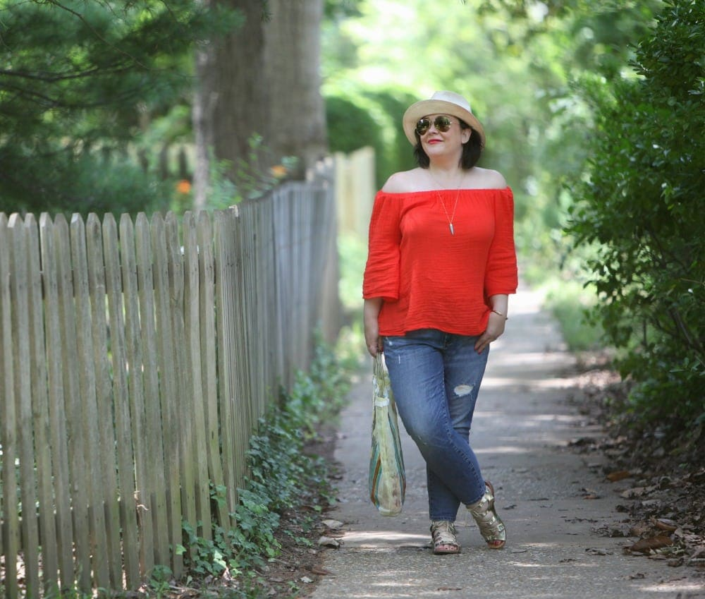 over 40 blogger wardrobe oxygen in michael stars top and gap jeans
