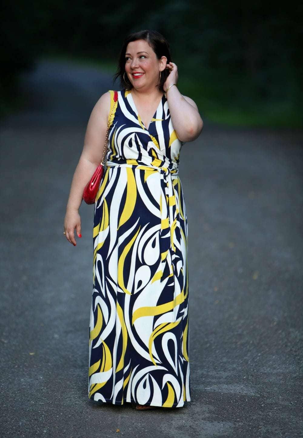 wardrobe oxygen over 40 blogger in boden maxi dress