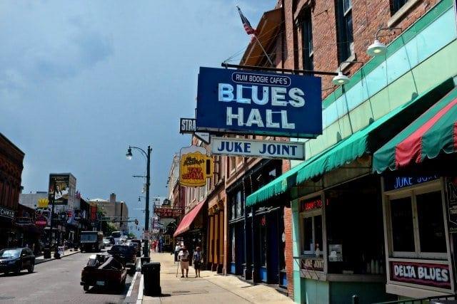 Beale Street Memphis - Wardrobe Oxygen