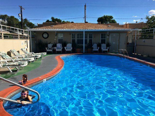 Monterey Non Smokers Motel Pool