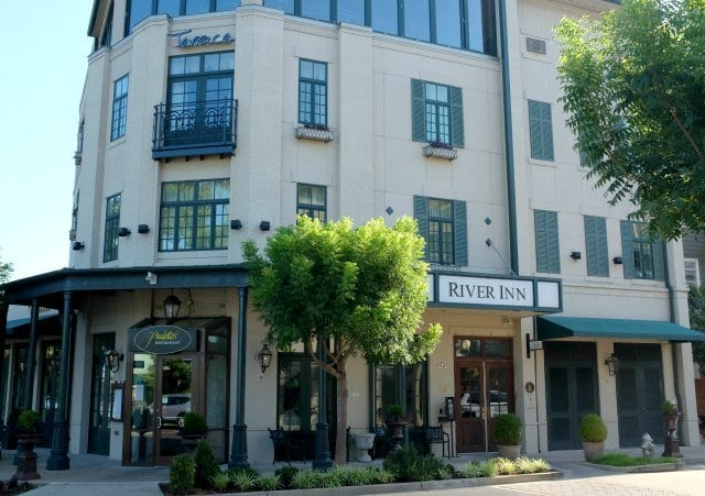 The River Inn of Harbor Town in Memphis Tennessee - Wardrobe Oxygen