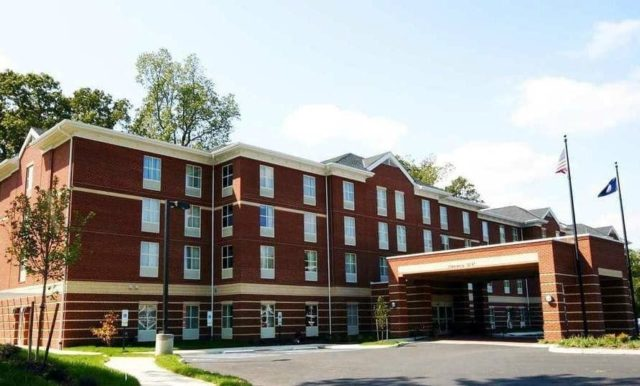 hampton inn and suites historic williamsburg