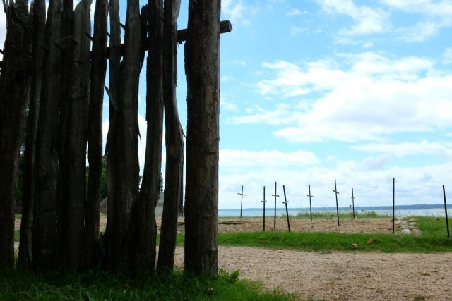 jamestowne graves