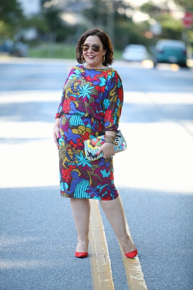 wardrobe oxygen in a vintage knit dress and novica clutch