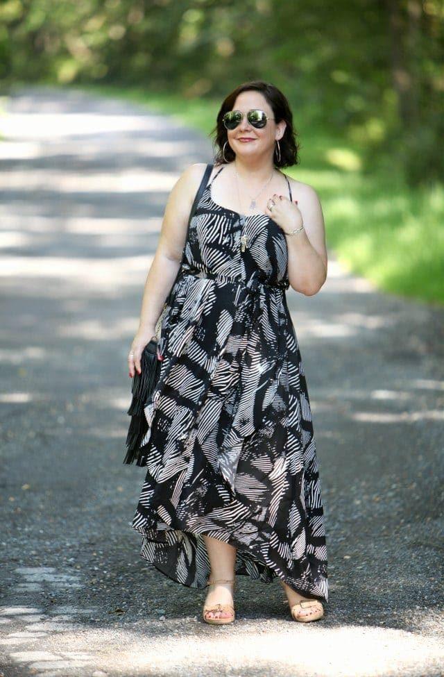 wardrobe oxygen wearing gwynnie bee dress and handbag heaven bag