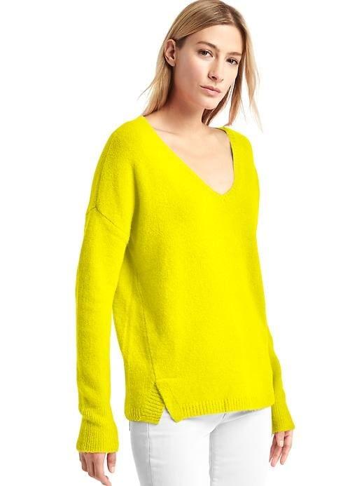 Gap V-neck Cozy Sweater in Aurora Yellow
