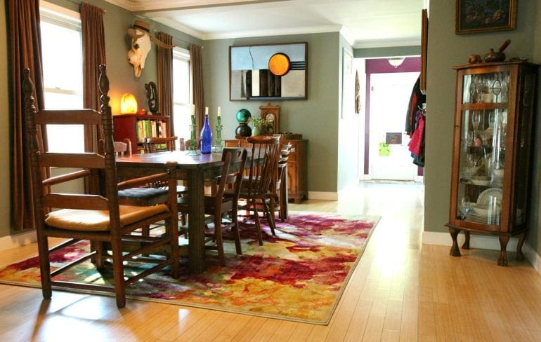 Wardrobe Oxygen dining room featuring Rug Expedition