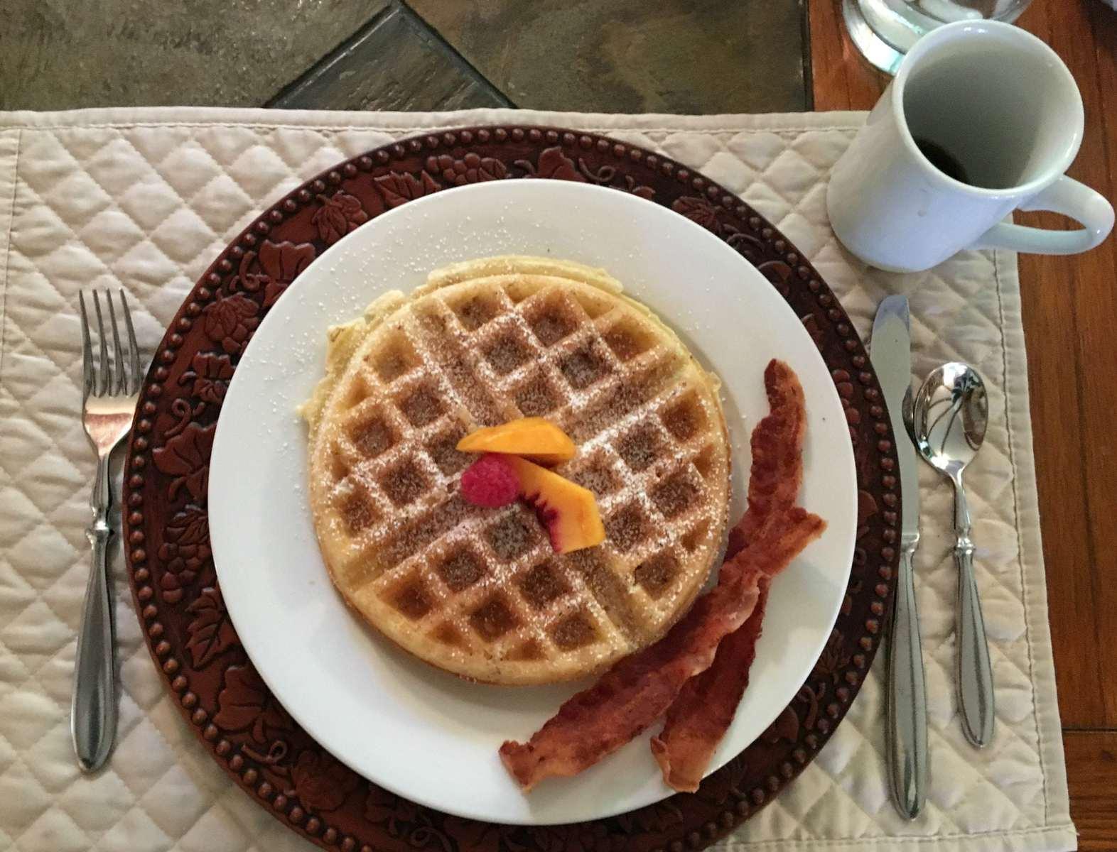 crooked-oak-mountain-inn-asheville-waffles