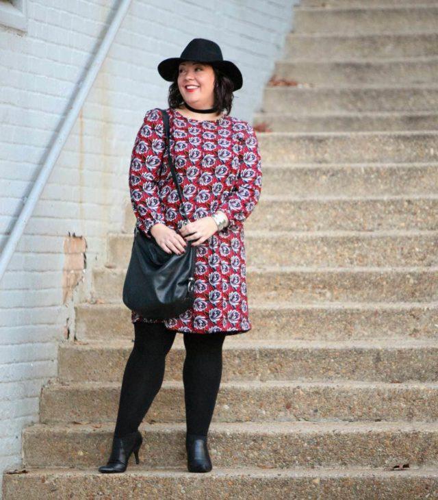 Wardrobe Oxygen, over 40 fashion blogger in LOFT printed shift dress