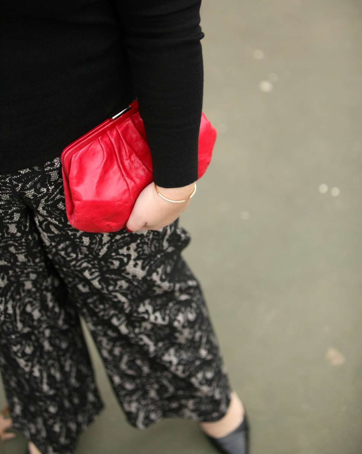 w hobo clutch purse