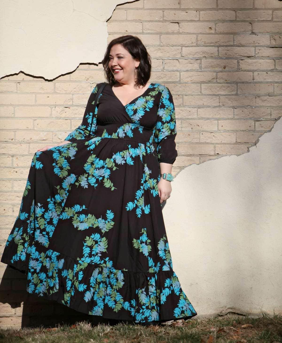 wardrobe oxygen in an eshakti floral maxi dress