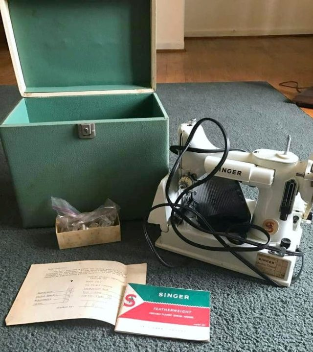 Singer Featherweight 221 Green and White with Box