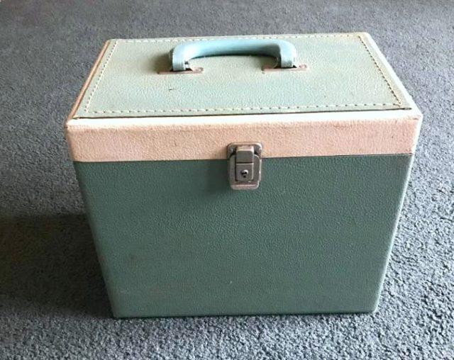 singer featherweight 221 green white box
