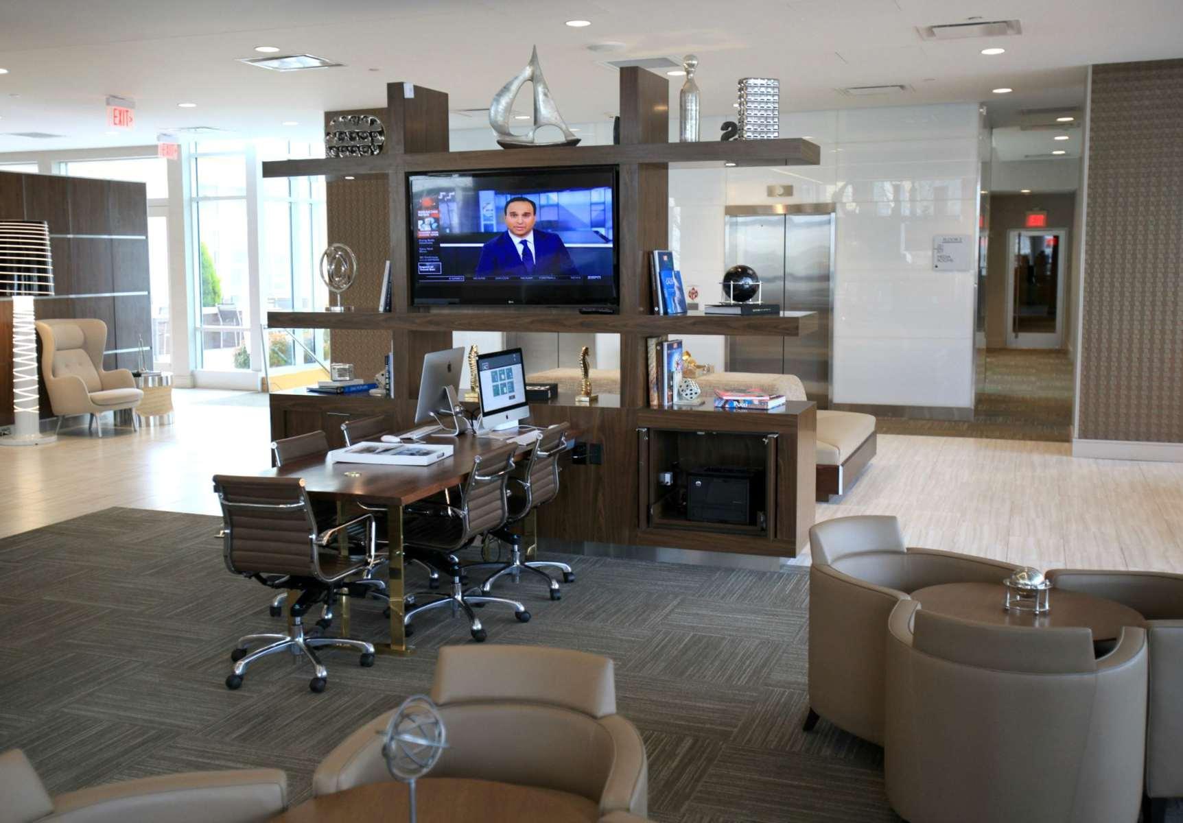 wardrobe oxygen ac hotel business center