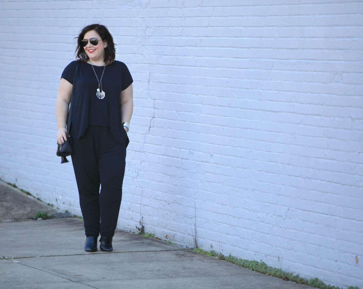 wardrobe oxygen over 40 blogger wearing cabi