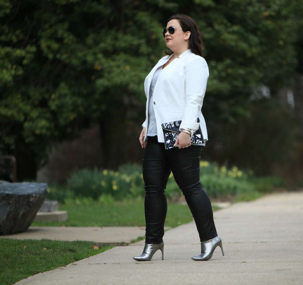 Wardrobe Oxygen in a Vince Camuto blazer, Junarose coated jeans from Dia&Co, silver BCBG ankle booties, and a Rebecca Minkoff clutch
