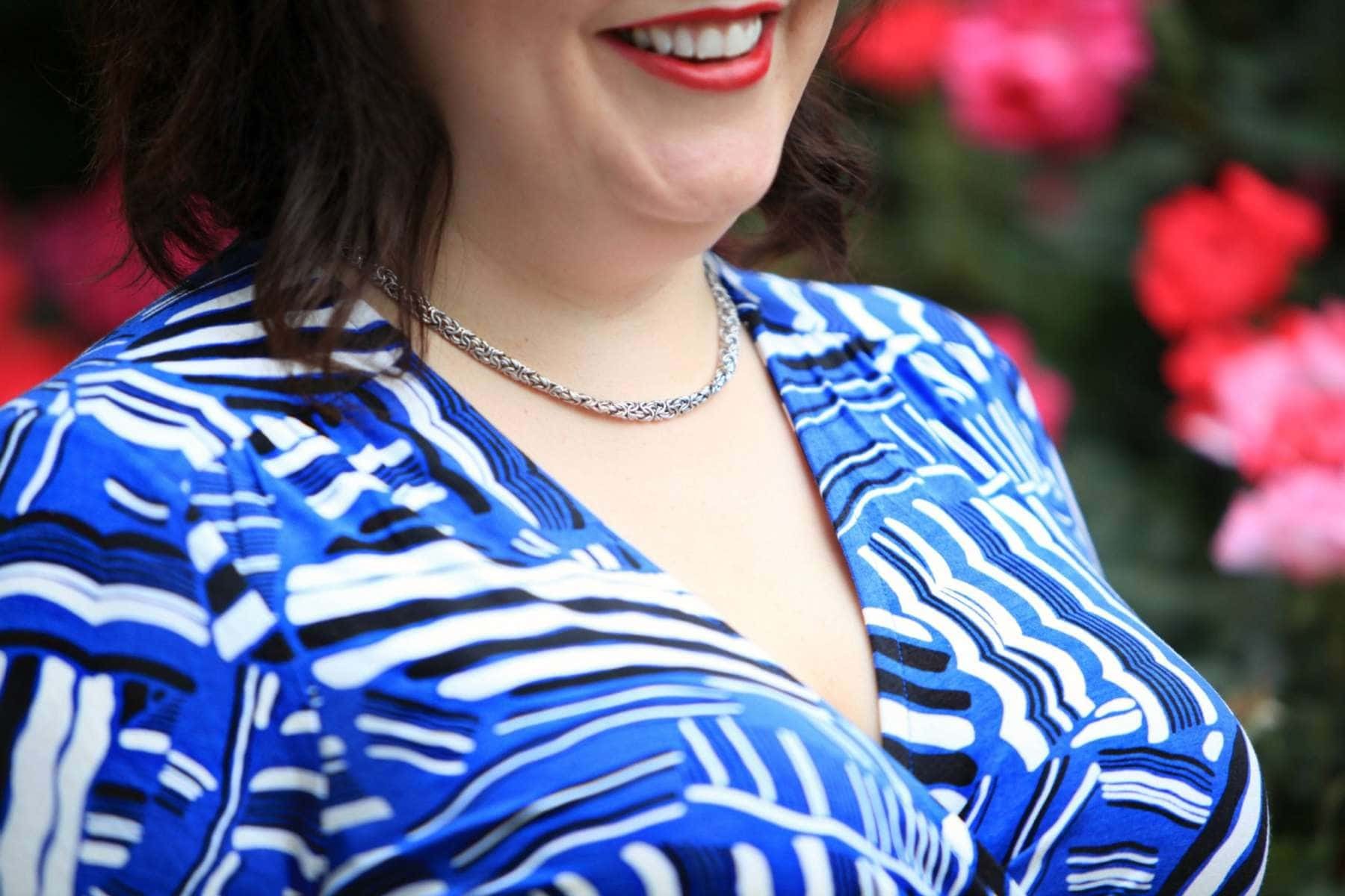 Over 40 fashion blogger Wardrobe Oxygen in a Lands' End wrap dress, Dagne Dover classic tote, and Ross Simons Byzantine Link necklace