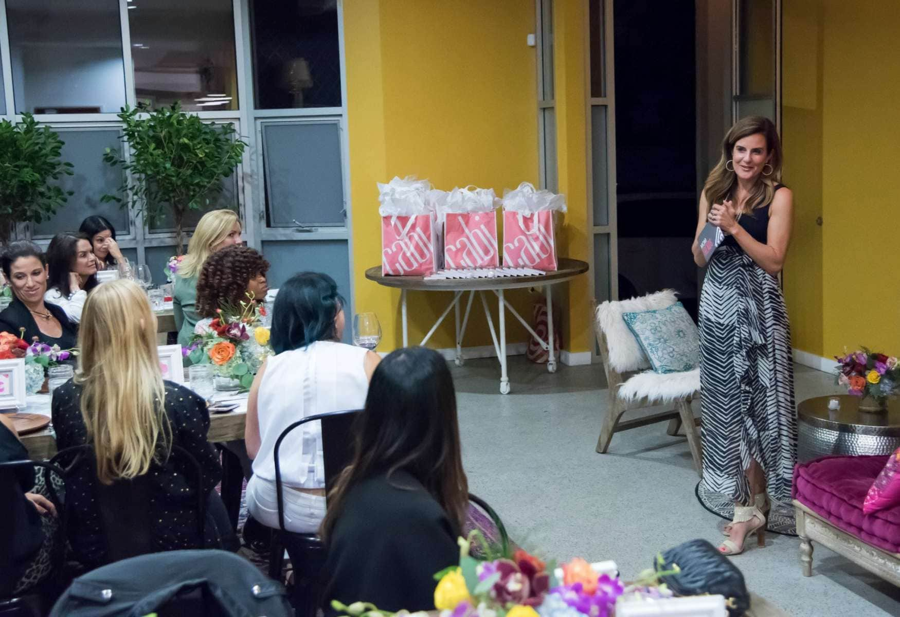 nicole feliciano of momtrends speaking at cabi conversations