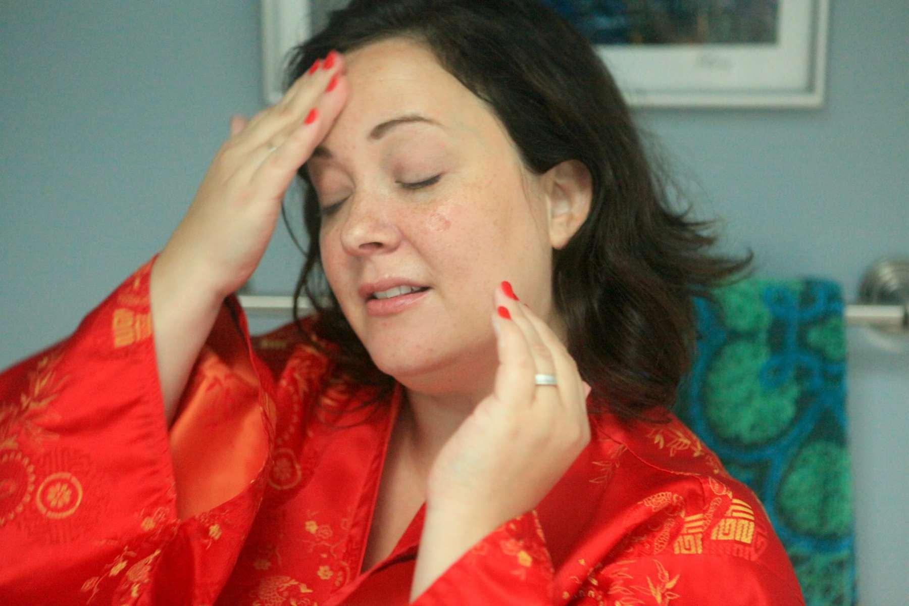 Wardrobe Oxygen's evening skincare routine featuring Colleen Rothschild