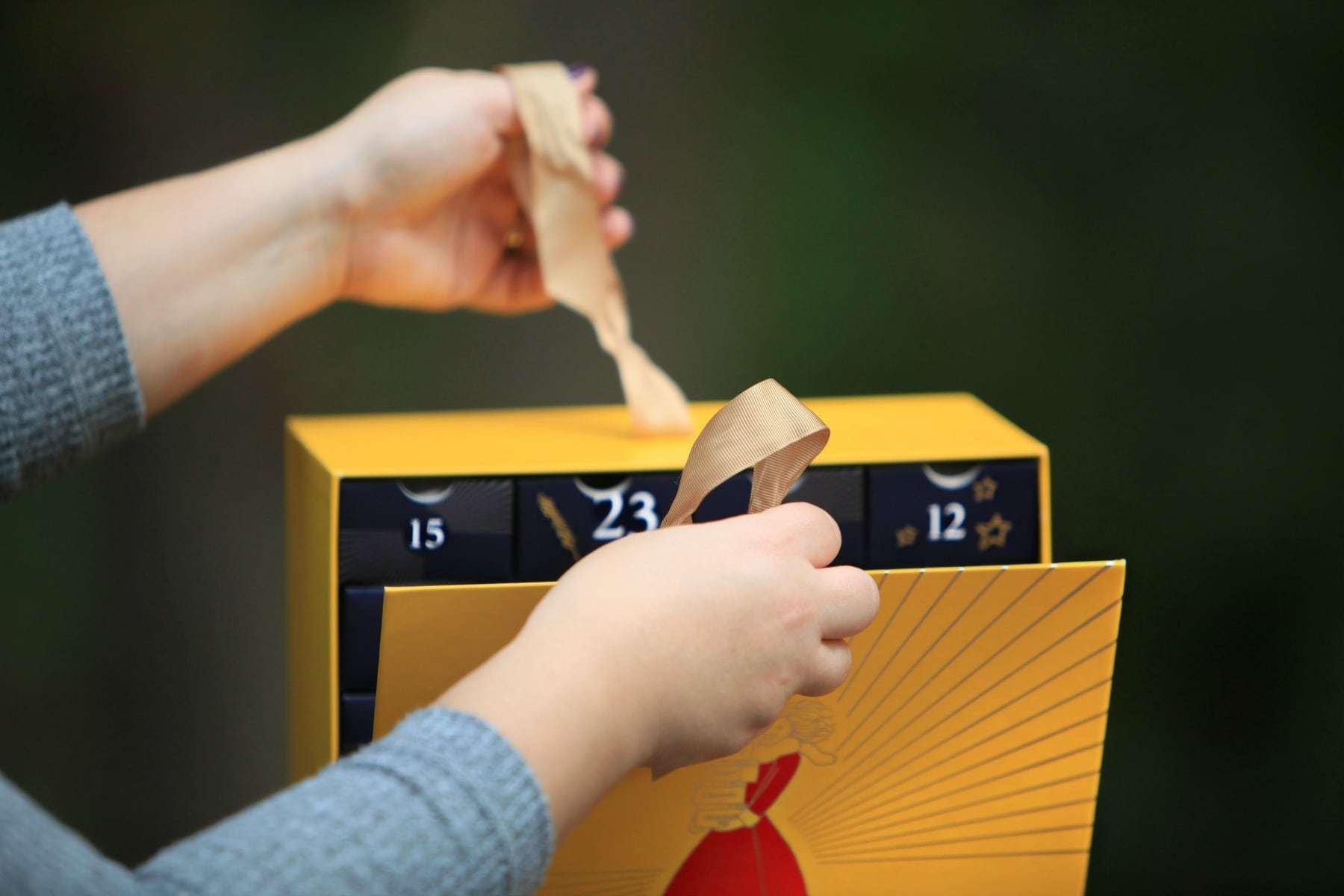 loccitane luxury advent calendar unboxing