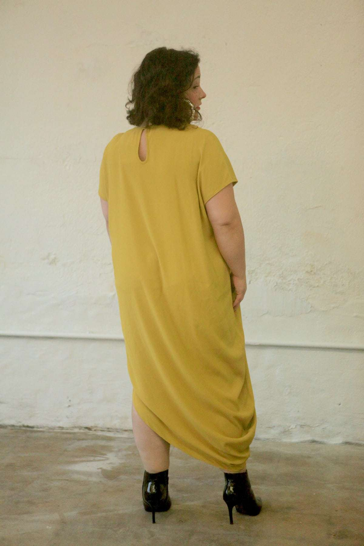 universal standard crepe augusta geneva dress back