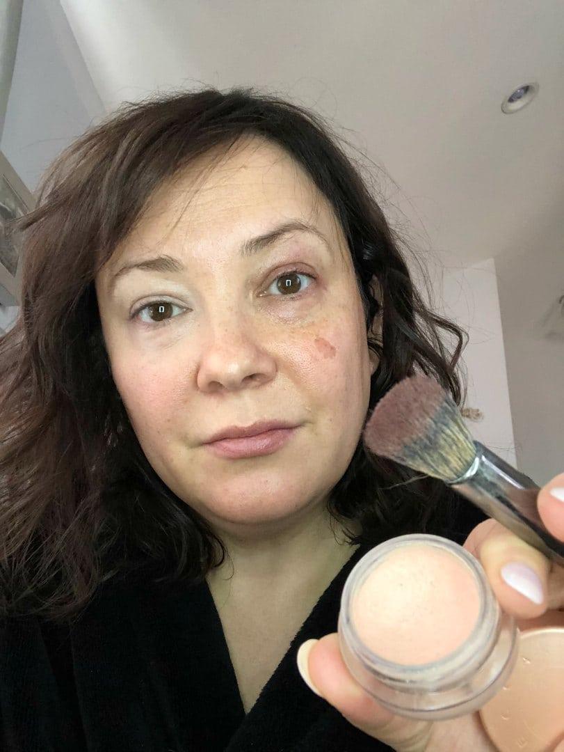 becca under eye brightener technique