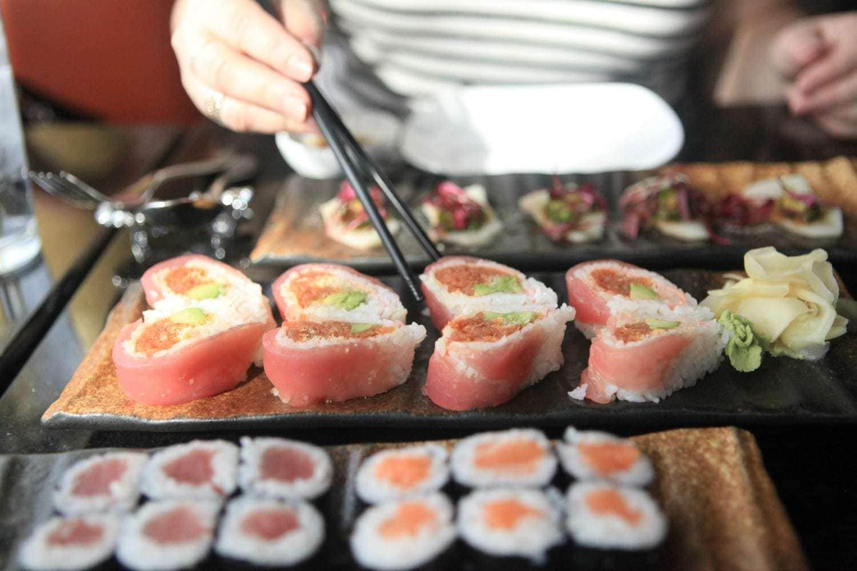 graces mandarin national harbor sushi