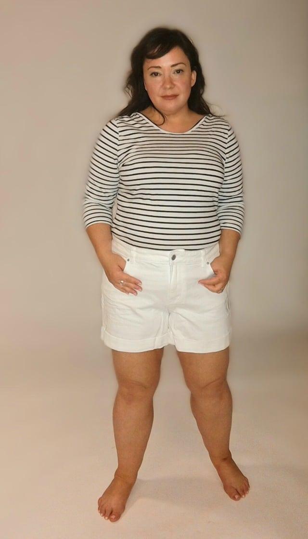 caslon boyfriend shorts front view