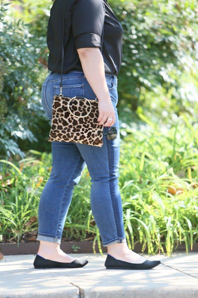 thacker ring handle purse leopard print