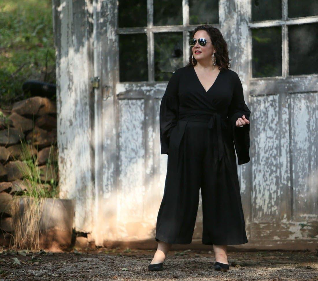 petite over 40 fashion blogger