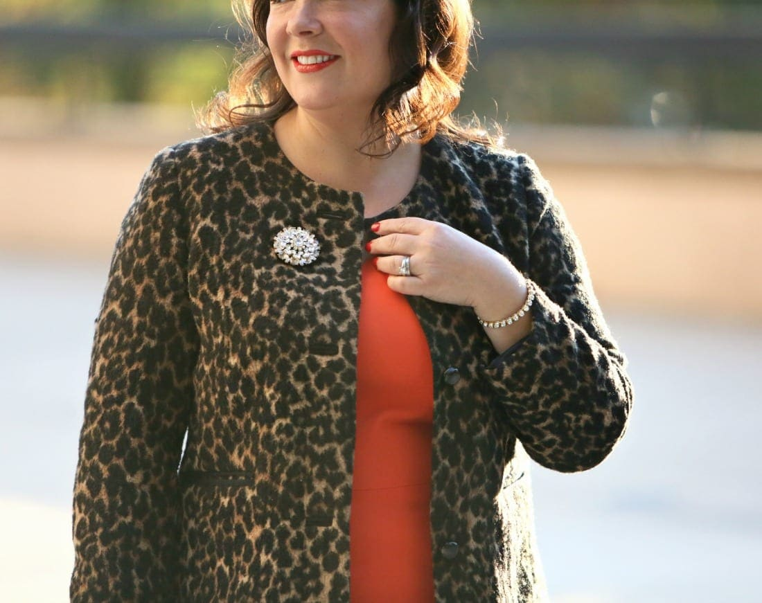 how to style a brooch